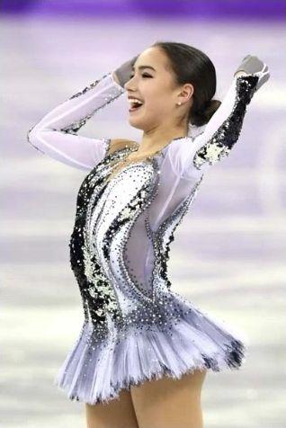 女子フィギュア ザギトワ選手は最強美人ですね